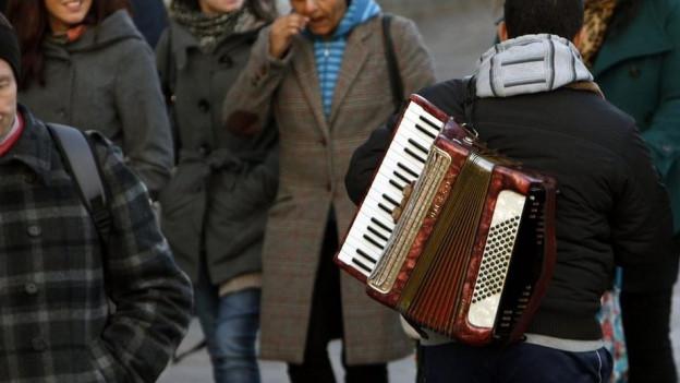 Strassenmusikerinnen im Tram