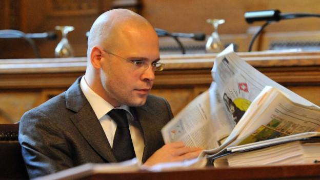 Baschi Dürr ärgert sich über Zeitungsberichte.
