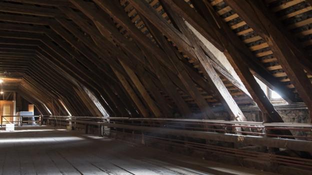 Im Inneren des Dacstocks aus dem Spätmittelalter