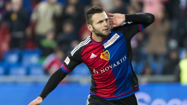 Renato Steffen erzielt das 3:0 für den FCB