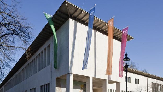 Uni Basel bekommt zwei Theologie-Professorinnen