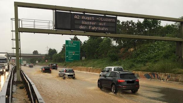 Unwetter im Baselbiet, auch auf der Autobahn