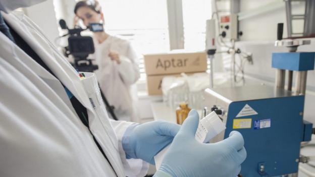 Rund 10 Prozent der Pharma-Angestellten stammt aus Drittstaaten