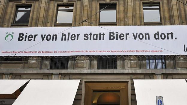 Wie gross dürfen Plakate in Basel sein?