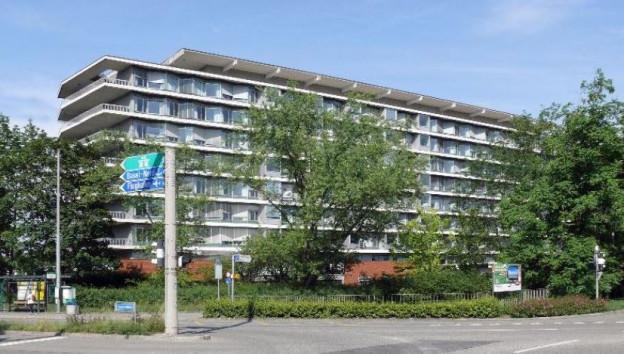 Hauptgebäude des Felix-Platter-Spitals.