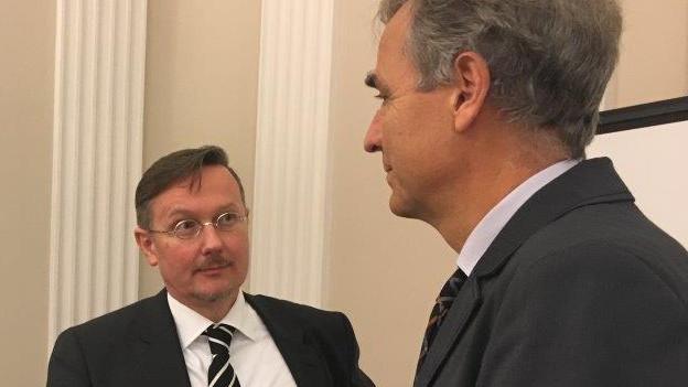 Marc Fehlmann im Gespräch mit Guy Morin.