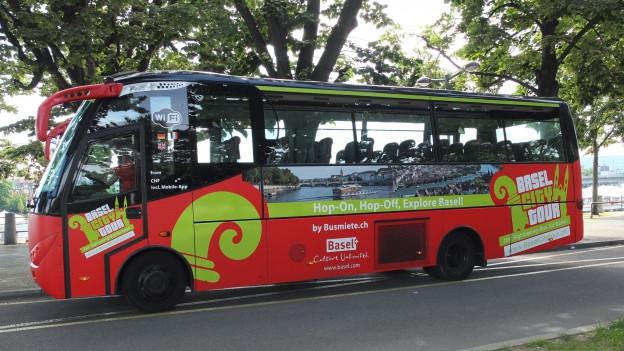 Erster Basler Sightseeing-Bus zieht positive Bilanz