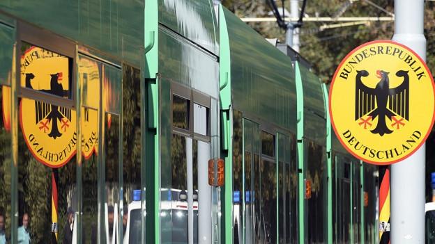 Viele deutsche Männer wollen bei den BVB als Tramchauffeur arbeiten - wegen der Tramlinie 8