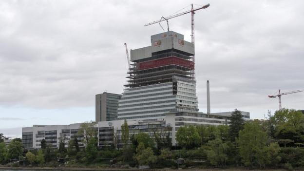 Beim Bau des Rocheturms gab es Fälle von Lohndumping