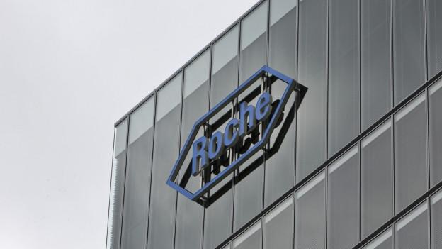 Roche Logo am Hauptsitz