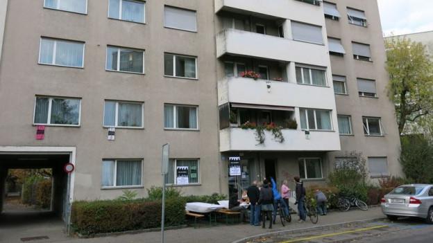Die Aktivisten haben im Haus ein «Büro für Solidarität»eingerichtet.