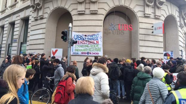 Demo vor UBS Hauptsitz