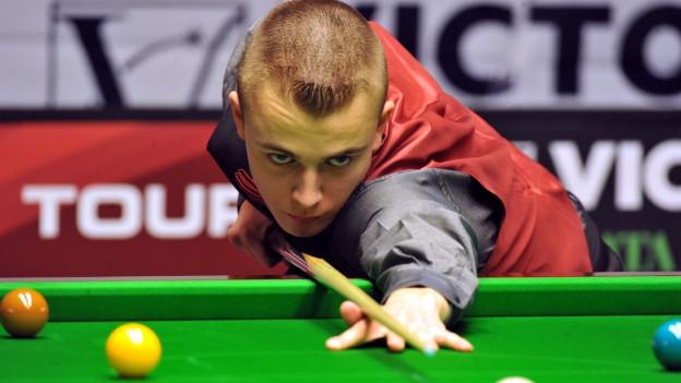 Alex Ursenbacher gehört zu den besten Snooker-Spielern der Schweiz.