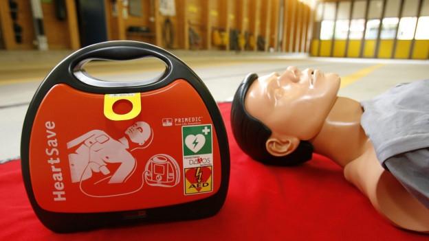 Der Andrang auf Erste Hilfe-Kurse ist bei Basler Lehrpersonen gross.