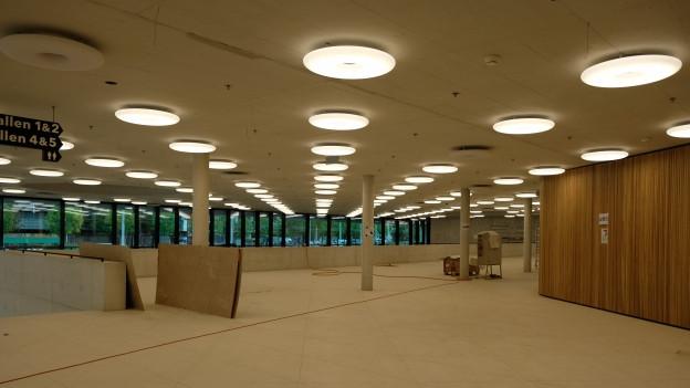 In zwei Wochen muss das Foyer fertig sein, dann beginnen die Swiss Indoors