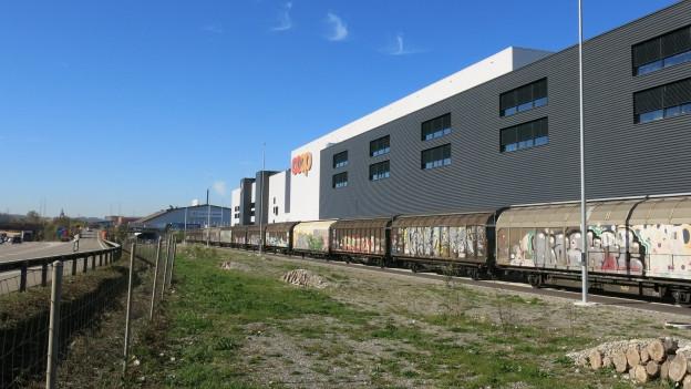 Blick auf das Logistikzentrum