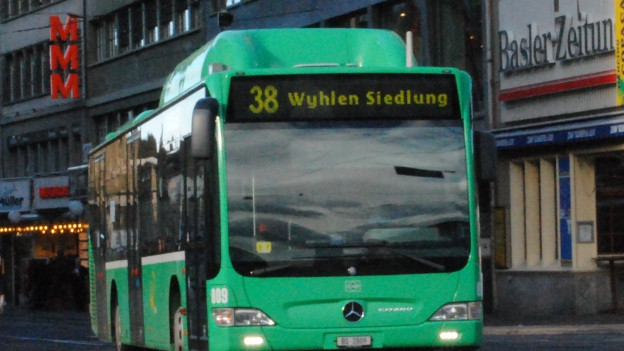 38-Bus nach Grenzach am Claraplatz