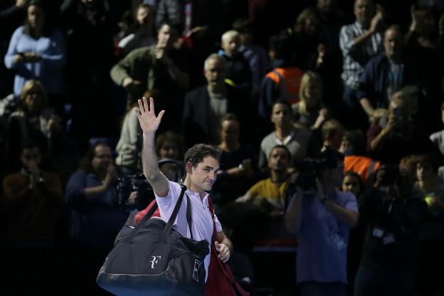 Roger Federer auf einem Tennisplatz