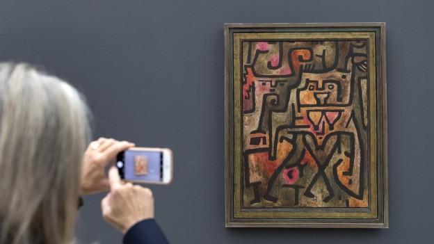 Paul Klee steht im Mittelpunkt.