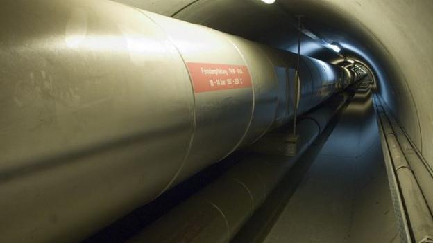 Fernwärmeleitung in Tunnel