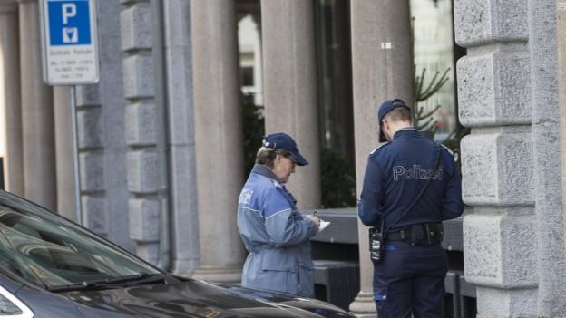 In Basel müssen Polizeibeamte keine Bussenzettel ausfüllen.