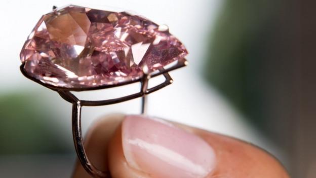 Strafgericht spricht Mann von Diamantediebstahl-Vorwurf frei