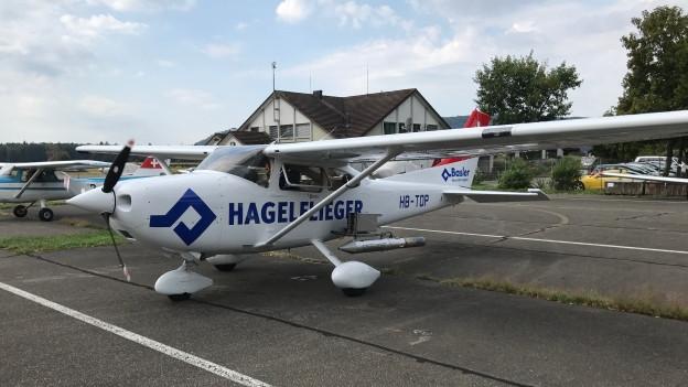 Mit dem Flugzeug gegen Hagel