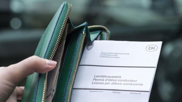 Ein Lernfahrausweis kostet in Baselland 35 Franken