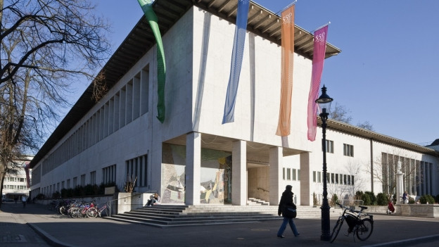 An der Universität Basel werden aus Spargründen auch Professuren gestrichen.