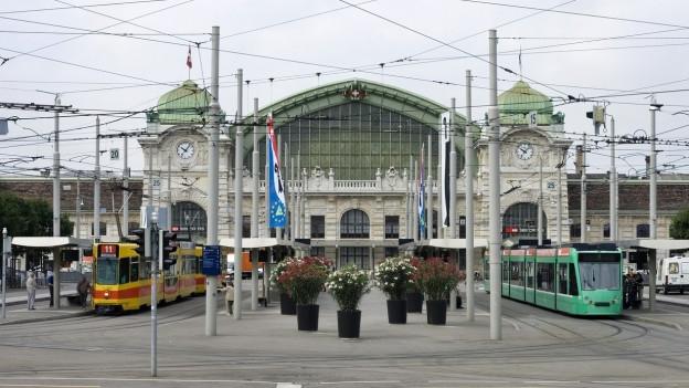 Beim Centralbahnplatz werden neue Tramgeleise verlegt