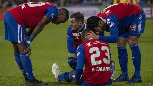 Eder Balanta (Mitte) war einer von vielen verletzten FCB-Spielern der Hinrunde.