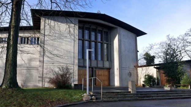 Kirche der Pfarrei St.Franziskus in Riehen.