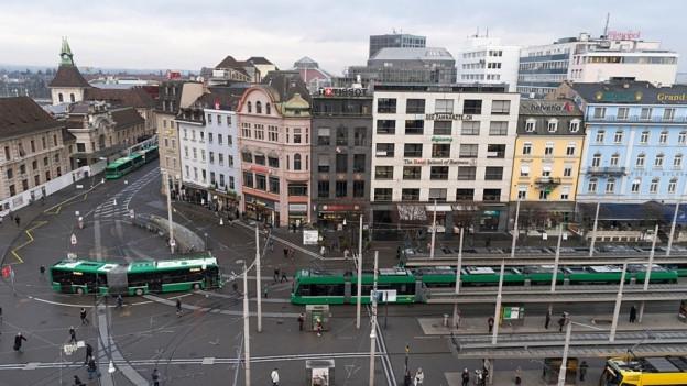 Die Diskussionen um die Führung der Tramgleise beim Bahnhofplatz gehen weiter.