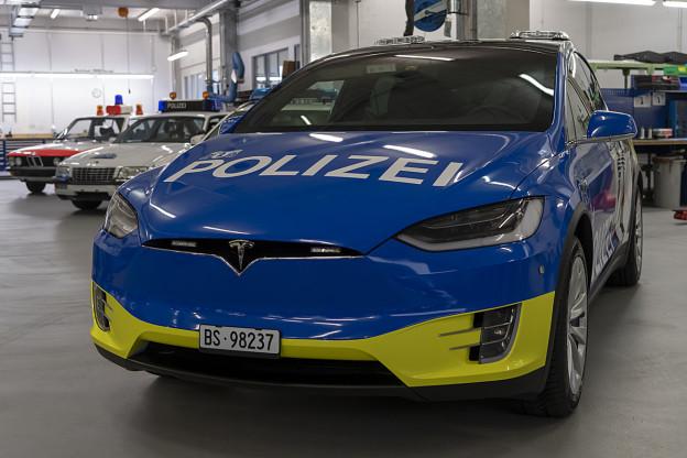 Heftige Kritik an Tesla-Beschaffung der Basler Polizei