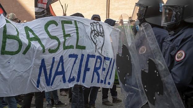 Der Gummischroteinsatz bei der PNOS-Demo letzten November löste die Kritik aus