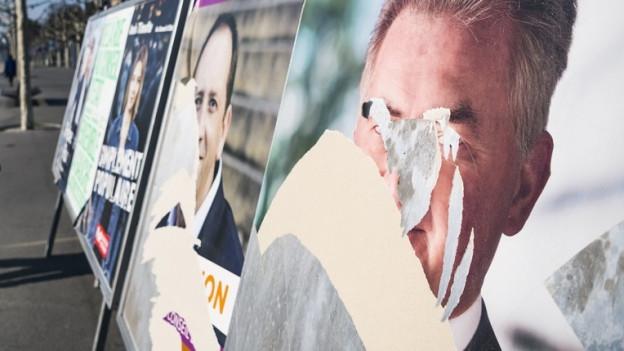 Wahlplakate gehören Parteien