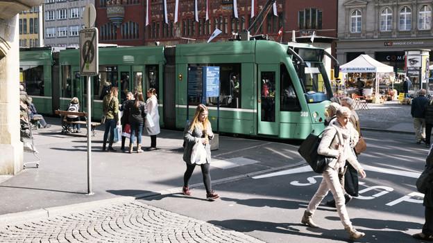 Vor allem in der Stadt und in den stadtnahen Gemeinden ist der Passagierrückgang spürbar.