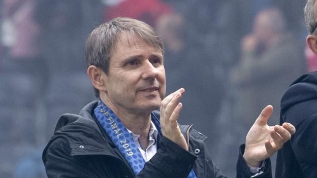 FCB-Präsident Bernhard Burgener freut sich