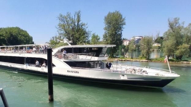 Das neue Schiff der Personenschifffahrt, der «Rhystärn», verkehrt drei Mal in der Woche nach Rheinfelden.