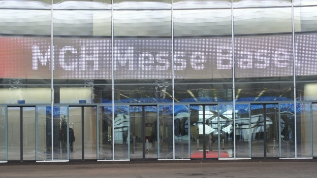 Eingang Messehalle Basel