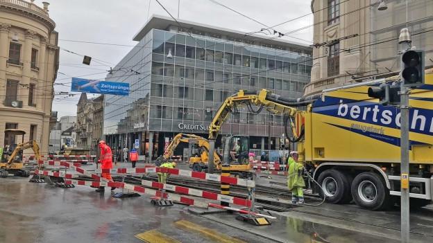 Erste Bauarbeiten an der Kreuzung gab es bereits im Juni