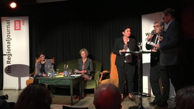 Das Podium im Kulturhotel Guggenheim in Liestal zeigte die Unterschiede der verschiedenen Kandidatinnen.
