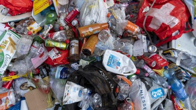 Gemeinden streiten mit Privaten über Abfall