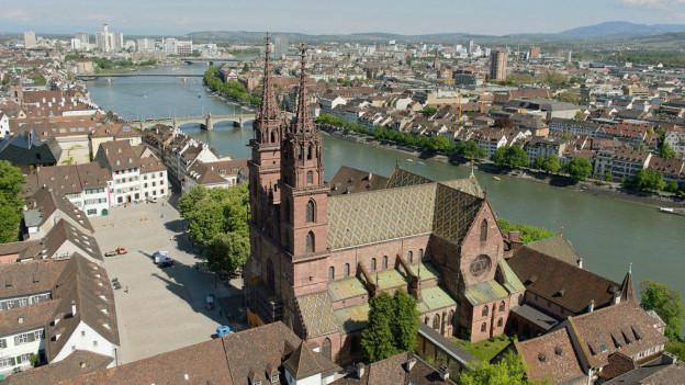 Das Basler Münster könnte künftig tageweise geschlossen bleiben
