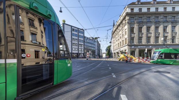 Fünf Flexity-Trams fahren neu mit Sensoren