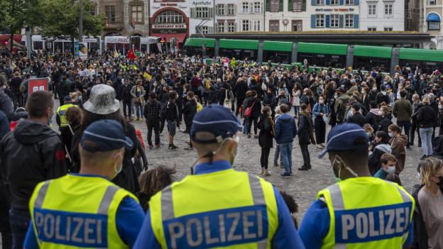 Polizeieinsätze an Demonstrationen geben immer wieder Anlass zur Diskussion