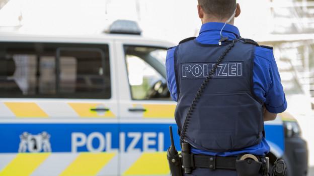 Die Basler Polizei war vor allem am Rheinbord präsent.