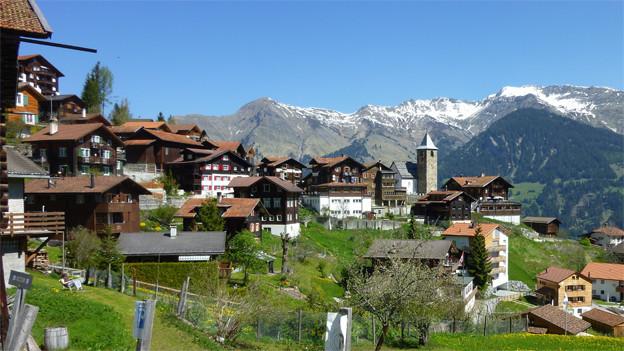 Blick auf Tschiertschen: Das Dorf soll ein schickes Hotel bekommen.