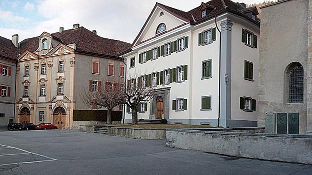 Nach der Demonstration gegen den Churer Bischof schätzt ein Kirchenhistoriker die Lage ein.