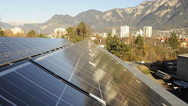 Solaranlage auf dem Dach der IBC.